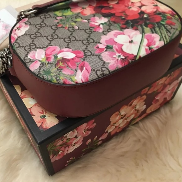 4f57ba6cf714 Gucci Bags | Sold Blooms Gg Chain Crossbody Bag | Poshmark
